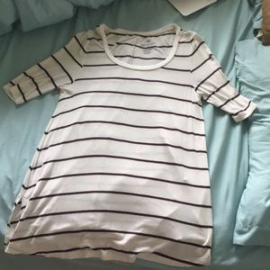 AMERICAN EAGLE LONG T SHIRT